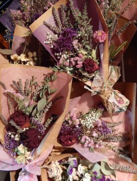 Dry mixed flower bouquet - local